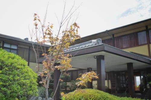 L'entrée du ryokan Satsuki Bessou de Tamana