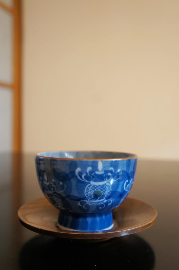 Tasse décorée d'une lanterne de Yamaga