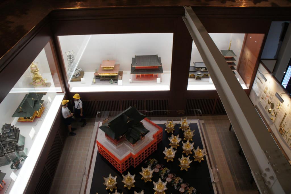 Maquettes de bâtiments en papier dans le musée des lanternes de Yamaga