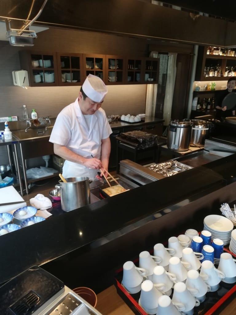 Cuisines ouvertes du ryokan Kafutei