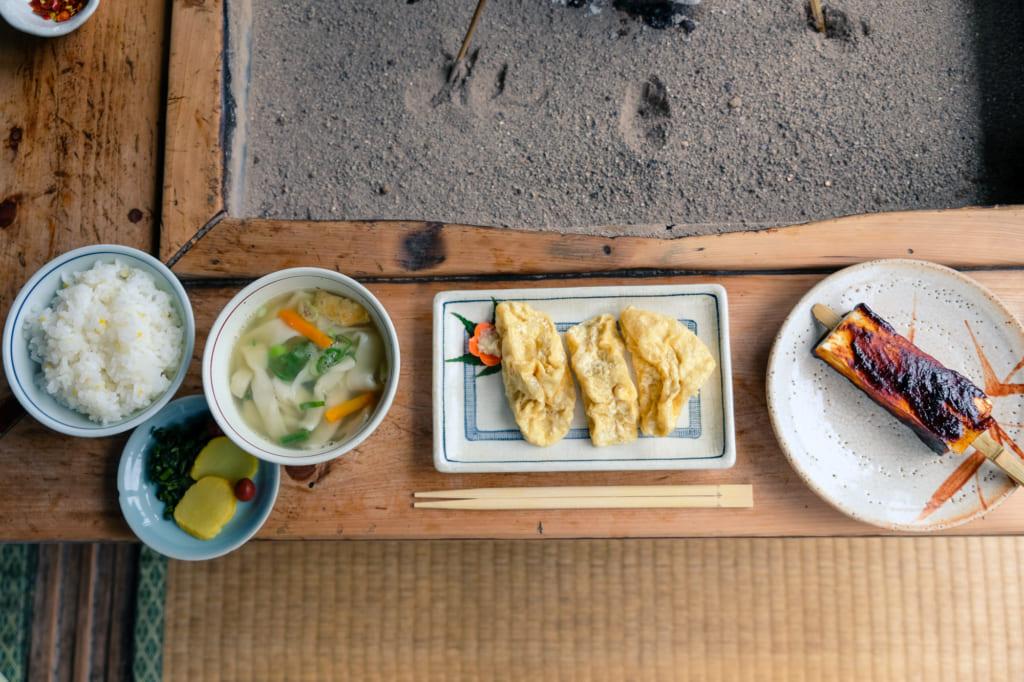 Différents plats du menu du Takamori Dengaku Hozonkai