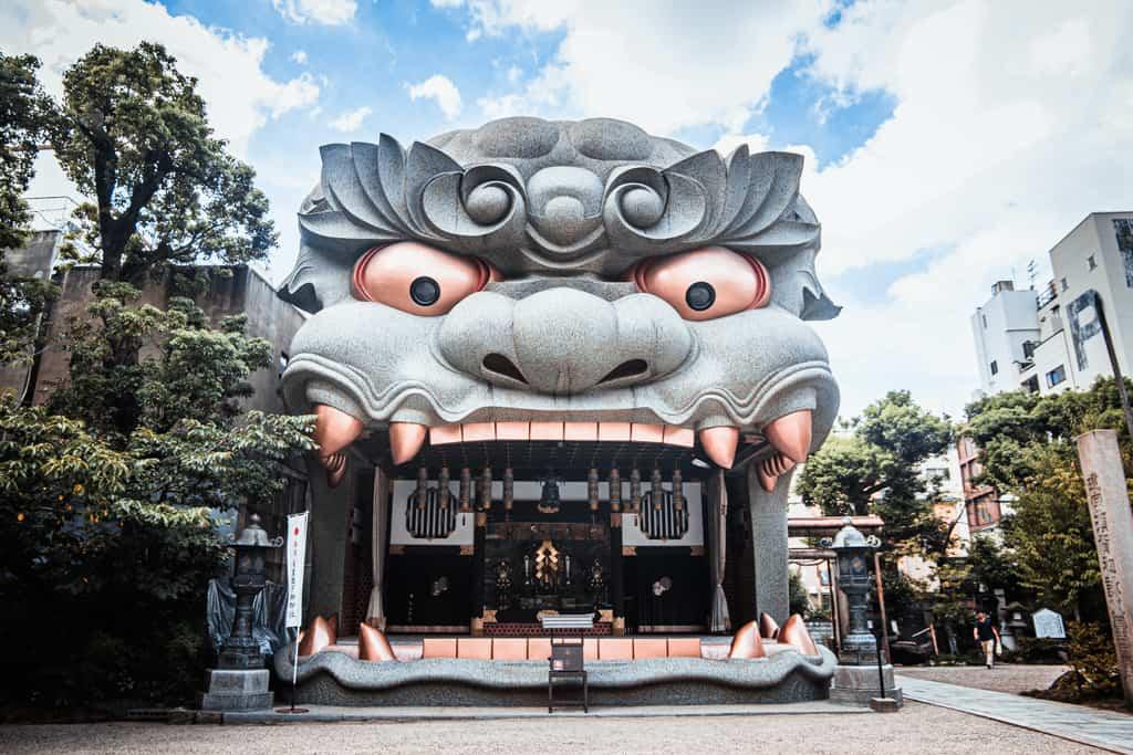 Luoghi Spirituali in Giappone: i Templi e Santuari più Sorprendenti di Osaka
