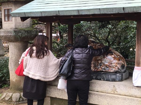 ox statue at Kitano-Tenmangu Shrine in Kyoto