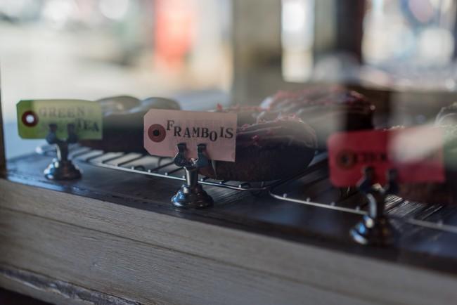 Kamakura Art Cafe: Halenova offers donuts