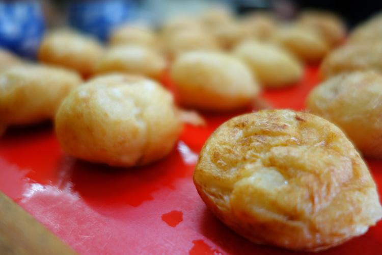 Akashiyaki: Looks Like Takoyaki, But It's Not Takoyaki