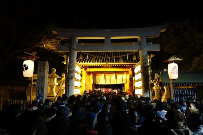 giant tuna at Touka-Ebisu festival in Nishinomiya Shrine