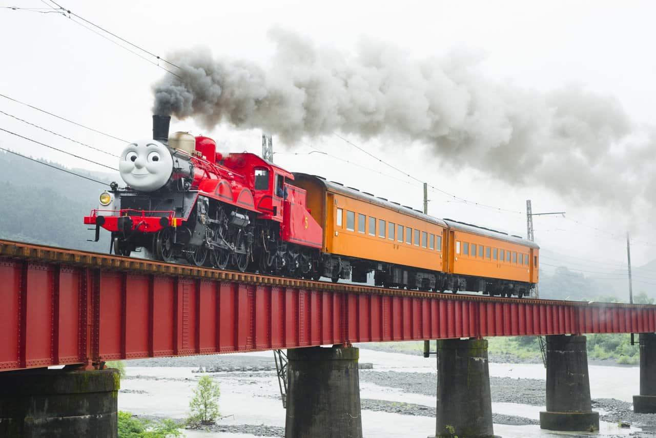 Shizuoka Oigawa Railway in Japan, ride with Thomas the train over the beautiful landscape!
