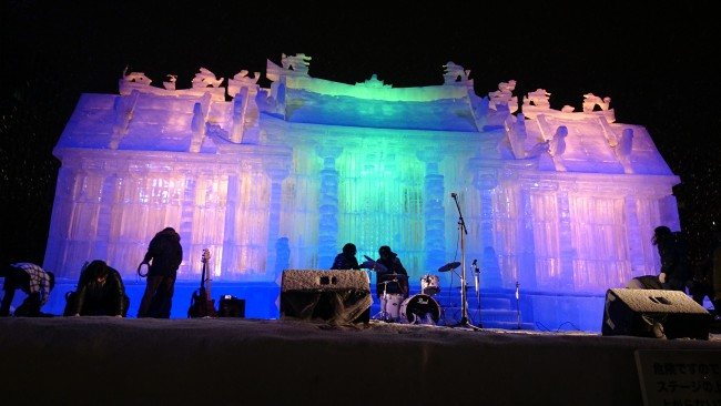 Light show at the ice sculpture in Odori Park