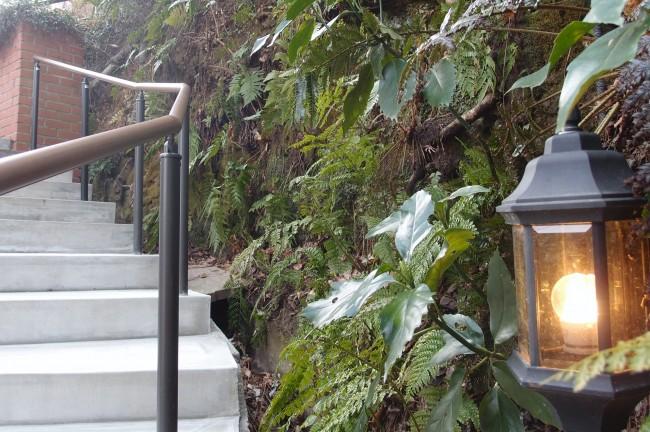 Lantern besides stairwell, cafe Itsuki Garden terrace off Daibutsu hiking course, Kamakura