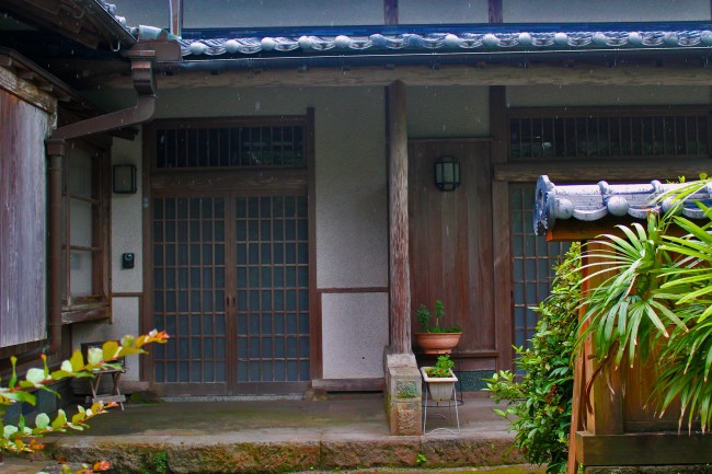 Entrance of a house in Chiran with samurai heritage.