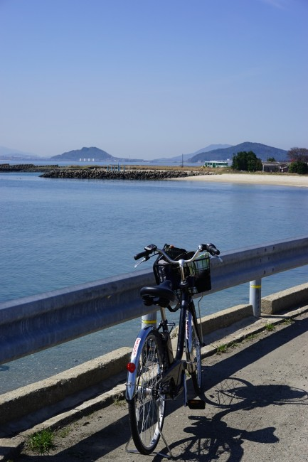 Cycling along the coast in Nokonoshima Fukuoka