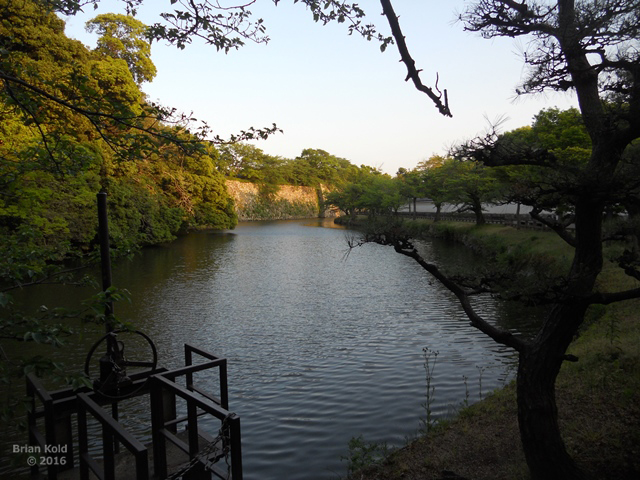 moat surrounding the outside of Himeji Castle