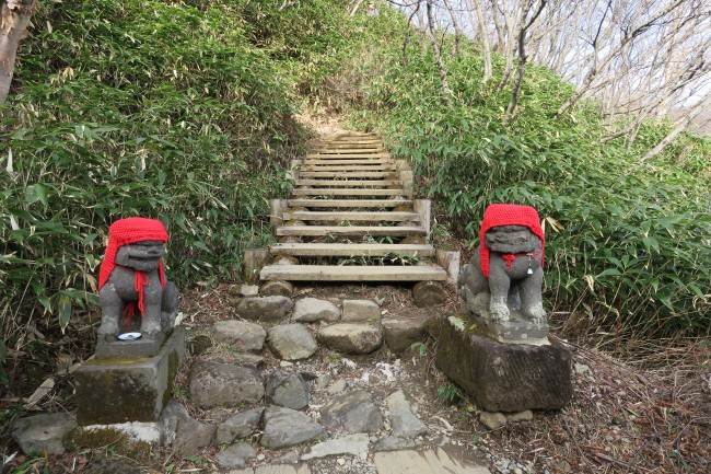 Two hiking route guardians amidst Mount Nasu nature, five peaks for each volcano interwoven by a hiking route, Nikko