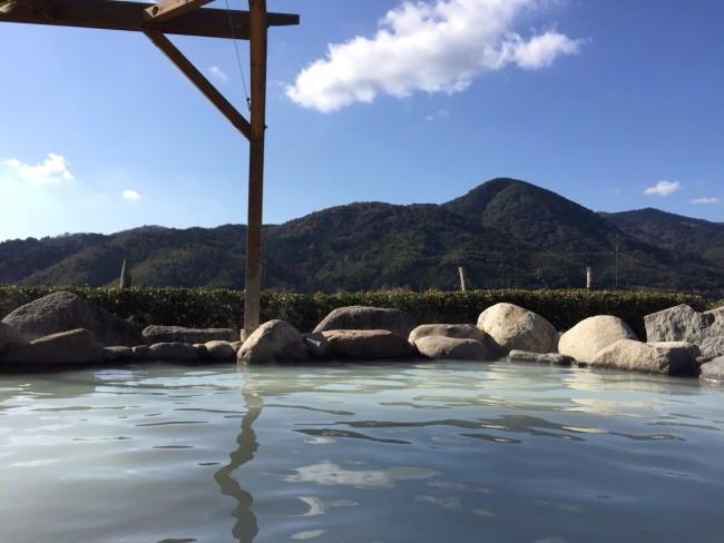 Onsen at Yoshinogari in Saga offers quiet and relaxing views