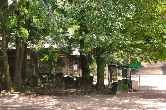 Little town before Kirishima Jingu Shrine.