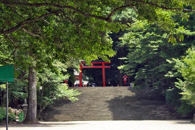 Kirishima Jingu Shrine torii seen from afar.