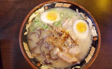 Beef,Beverage,cheap,cuisine,Food,Japan,Ramen,Snack,Vegetarian,Hakata ramen,ramen