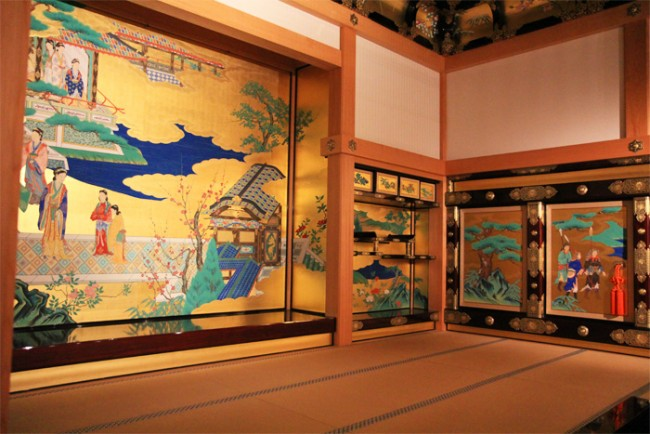 Kumamoto Castle interior decorations