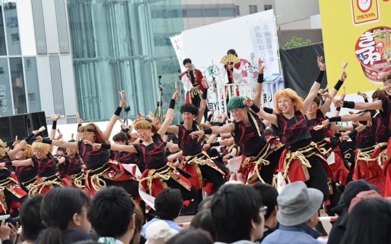Many people dancing for Soran Festival dance in Sapporo.
