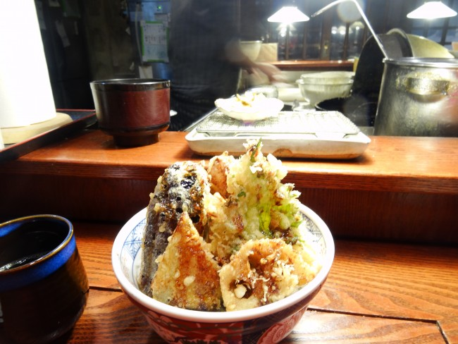A fish meal at a Denuki restaurant in Otaru, Hokkaido.