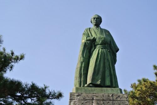 Statue of a samurai at Katsurahama beach in Kochi.