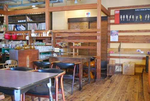 Table seating in a cafe in Okayama