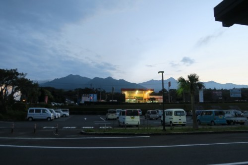 As the sun set down,we appreciate how beautiful the nature in yakushima is