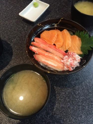 sakana machi ( fish market in Fukui ) crab bowl, super yummy!