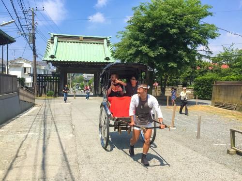 Exploring Kamakura with a rickshaw tour makes your travel memorable