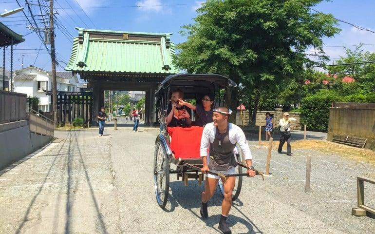 Exploring Kamakura with a rickshaw tour
