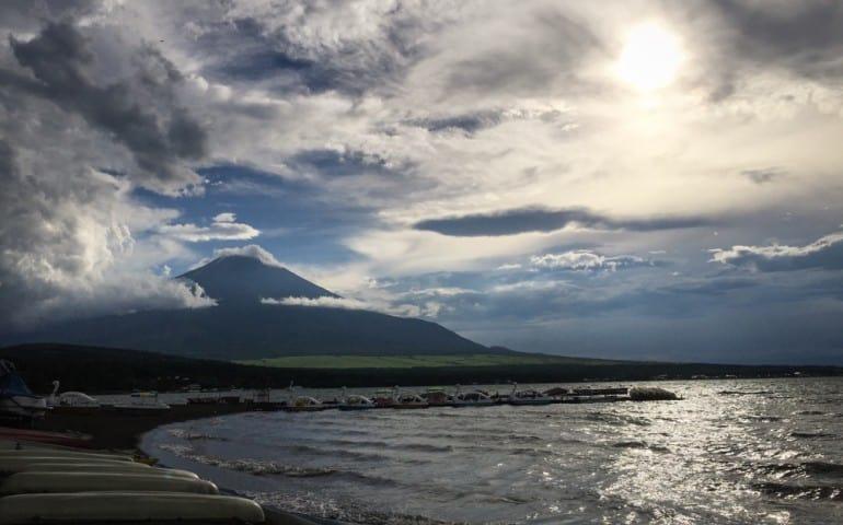 Camping with Mt Fuji view: Odakyu Forest Cottage at Lake Yamanaka