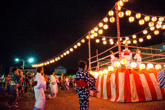we coundn't spend summer without taking part in bon odori