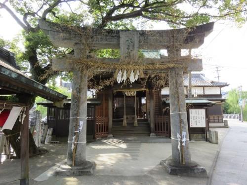 Suitengu is a beautiful shrine