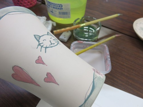 ceramics painting in cat and heart