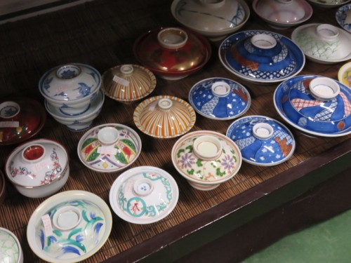 There are around one million visitors to this event where you can find reduced price Arita ceramics.