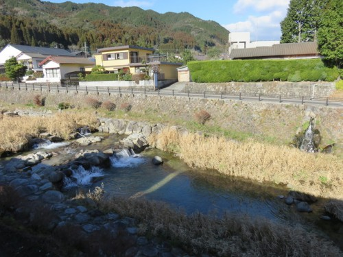 enjoy relaxing in Furuyu Onsen while admiring the surrounding landscape.