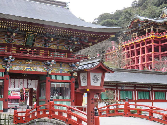 See the Stunning Yutoku Inari Shrine – One of the Most Famous Inari Shrines in Japan!