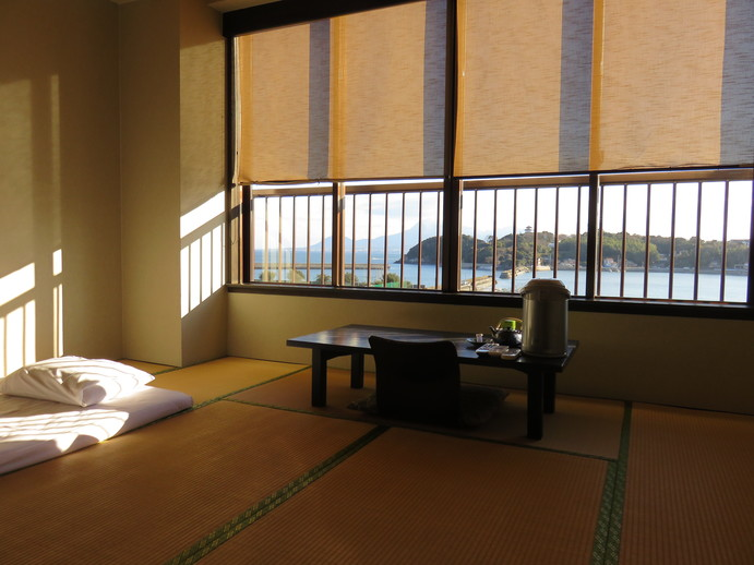 Soak in hot springs with a sea view in Takezaki Onsen Town