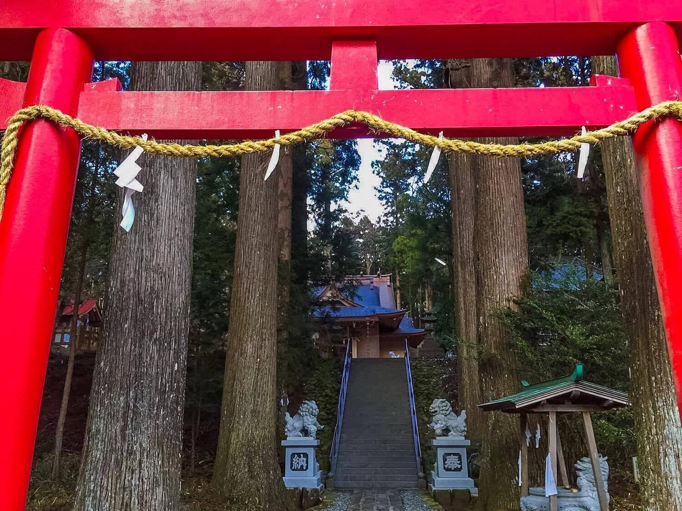 Shizuoka: Shrines Dedicated to Fujisan and a Lava Cave to the East of Mount Fuji