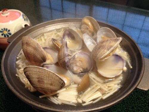 As I was eating my other courses, I could hear the bubbling clams opening one by one!