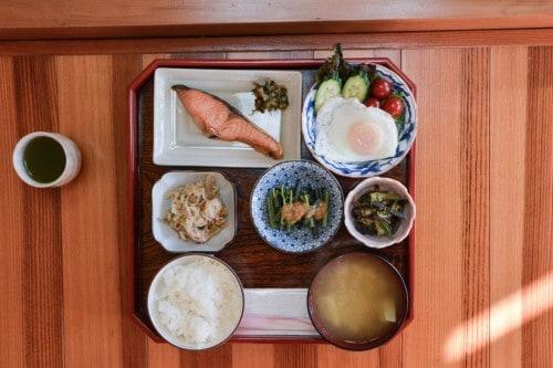 Frühstück im Minshuku, Takane, Niigata, Japan