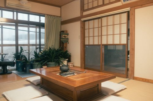 Staying in a Japanese local house