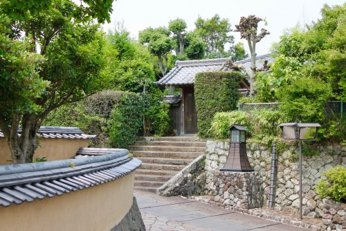Alleyway at Minami-Dai Samurai District. Kitsuki is a castle town in the Oita Prefecture, Kyushu.