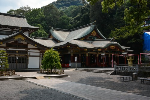 The main shrine (honden) of Yutoku inari shrine, Saga, Kyushu.