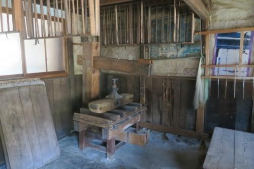 the former residence of an old Mino Washi craftsman, Mr Kozo Furuta (mino tesuki washi no ie)