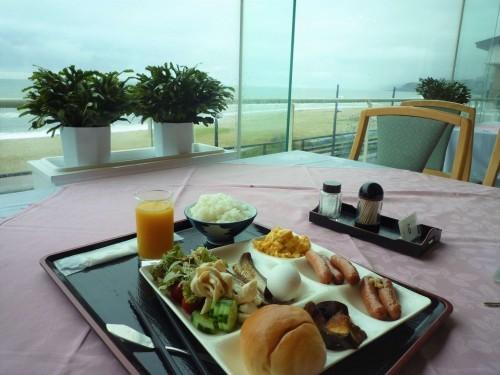 Western style breakfast at Senami Onsen, Murakami.