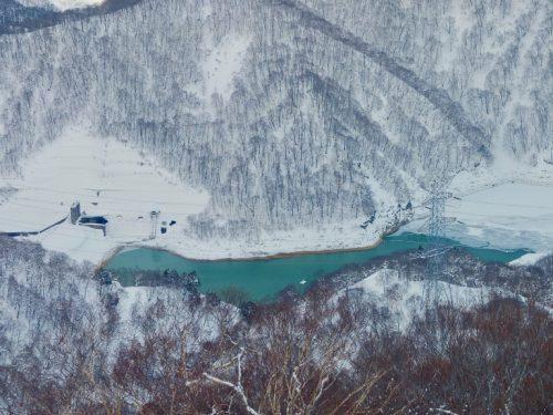 The frozen lake at Tashiro in Kagura ski resort.