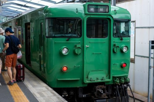 A classic looking train on the Maizuru Line