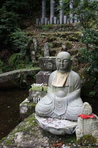 Mt Daisen, a sacred volcano shaped like Mt Fuji, is a mountain with an important religious history and heritage.