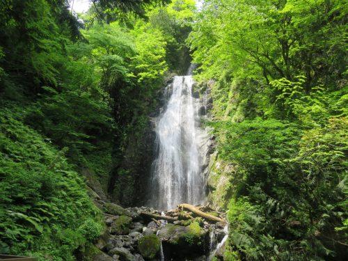 Mikaeri Falls, Semboku, Akita.